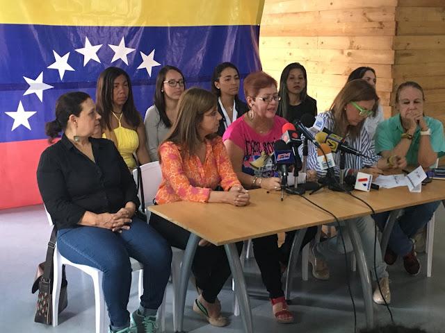 Frente Amplio de Mujeres se une a consulta popular sobre paro general
