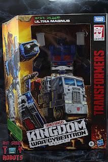 Transformers Kingdom Ultra Magnus Box 01