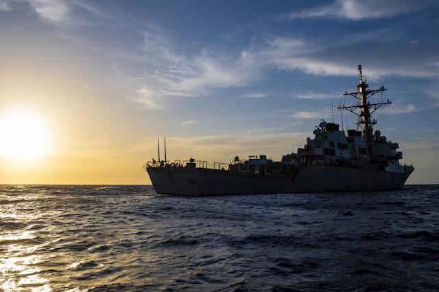 khu trục Hạm Hải quân Mỹ ở Biển Đen