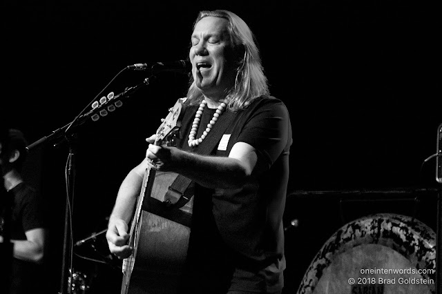 Violent Femmes' Toronto show at The Queen Elizabeth Theatre on November 2, 2018 Photo by Brad Goldstein for One In Ten Words oneintenwords.com toronto indie alternative live music blog concert photography pictures photos