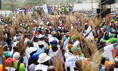 1,000 PDP Members Defect to APC in Abia
