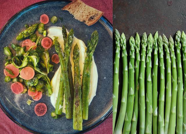 Zweierlei vom grünen Spargel mit geräuchertem Schmand und Radieschen Pickles