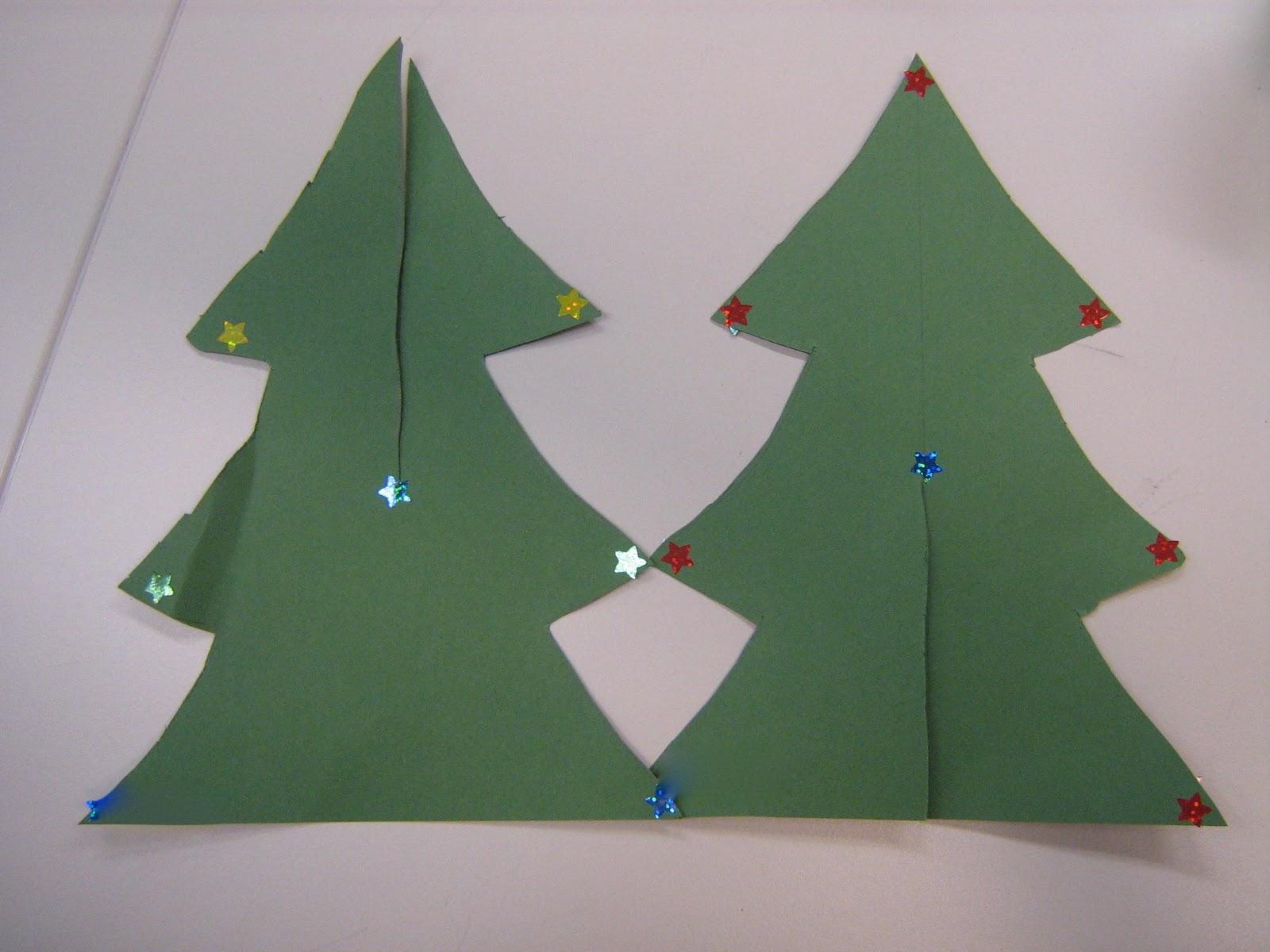 Mama Pea Pod: {Standing Paper Christmas Trees}