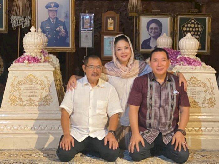 "Kode Keras Keluarga Cendana Kumpul di Astana Giribangun Saat TMII ""Diambil Alih"" Pemerintah"