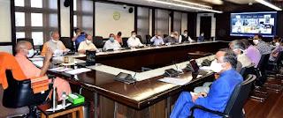 राज्य सरकार की 'ट्रेस, टेस्ट एण्ड ट्रीट' की नीति से प्रदेश में कोविड संक्रमण के मामलों में तेजी से कमी आयी: मुख्यमंत्री योगी आदित्यनाथ कोरोना से बचाव और उपचार की व्यवस्थाओं को निरन्तर सुदृढ़ बनाए रखने के निर्देश