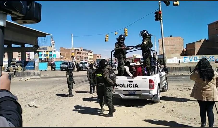 Primeros aprehendidos por la Policía en la av. 6 de Marzo en el operativo conjunto con las FFAA / CAPTURA RTP