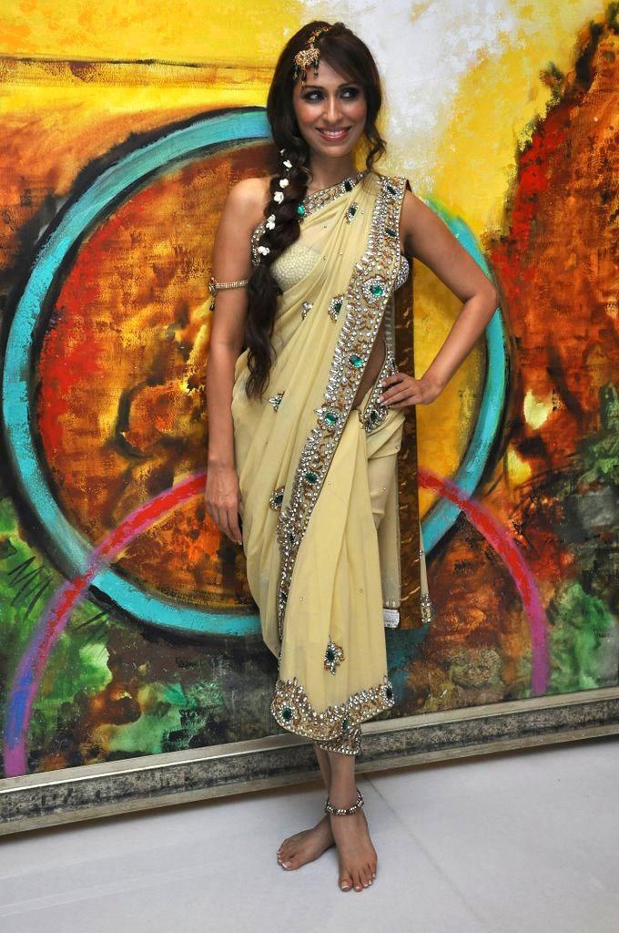 Bridal Photo Shoot of VJ-Model Pooja Misrra - HD Latest