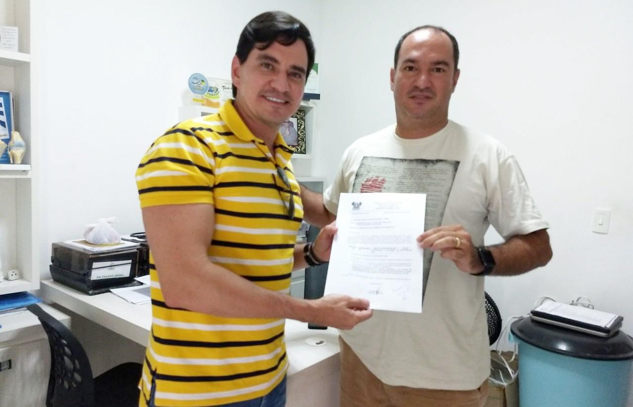 Prefeito Thiago Meira limpou Carnaubais do CAUC e o deputado ...