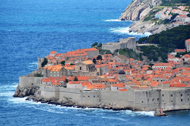 Muralha da Cidade Antiga de Dubrovnik, Croácia.