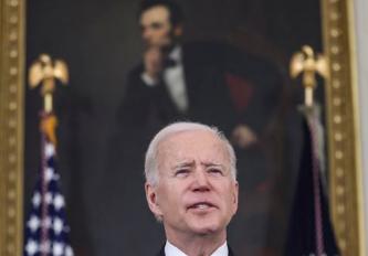 Biden anuncia que todos os adultos dos EUA