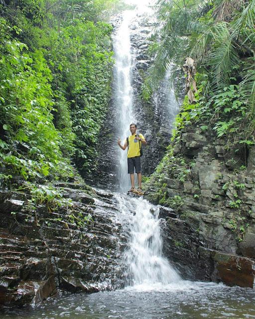 foto air terjun watu jadah wonogiri