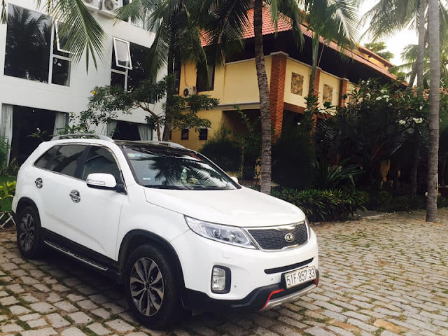 Cho thue xe du lich 7 cho Kia Sorento tai Ho Chi Minh - Sai Gon