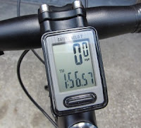 Bicycle speedometer, computer, cyclocomputer