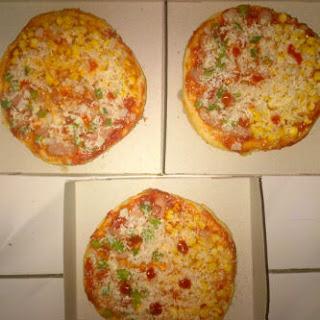 Resep pizza roti empuk rumahan paling enak