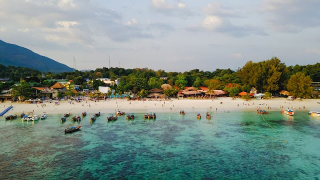 When to go for a vacation in Thailand?