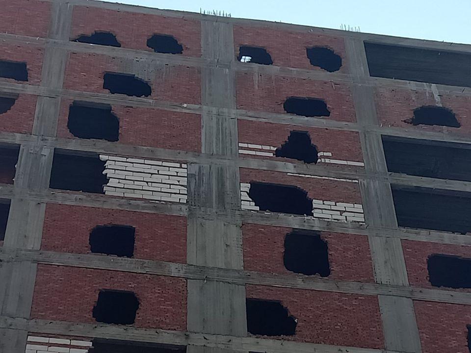 بأمر المحافظ..إزالة 13 دورًا مخالفًا ببرج سكني بشرق مدينة كفر الشيخ - (صور) 3