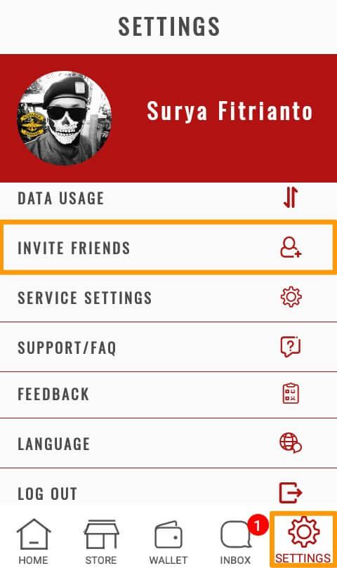 """Langkah yang kedua yaitu mengundang teman menggunakan link refferal dan suruh teman Anda untuk memasukkan kode promosi Anda, dan Anda akan memperoleh 2 Glits dari setiap 3 teman yang berhasil Anda ajak.    Anda bisa mengundang teman Anda pada menu """"Settings"""" dan pilih """"Invite Friends"""" kemudian pilih metode undangan yang Anda inginkan, atau Anda juga bisa mengcopy link refferal Pribadi Anda."""