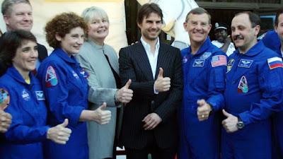 Tom Cruise akan membuat penggambaran di angkasa lepas