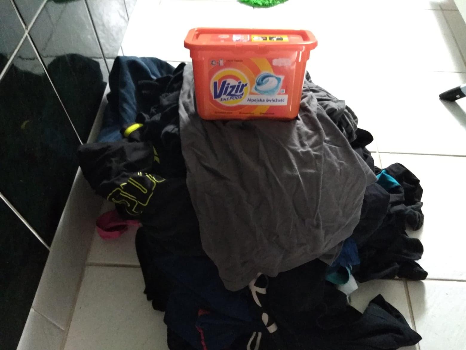 Proszek, płyn czy kapsułki - co wybrać do prania?