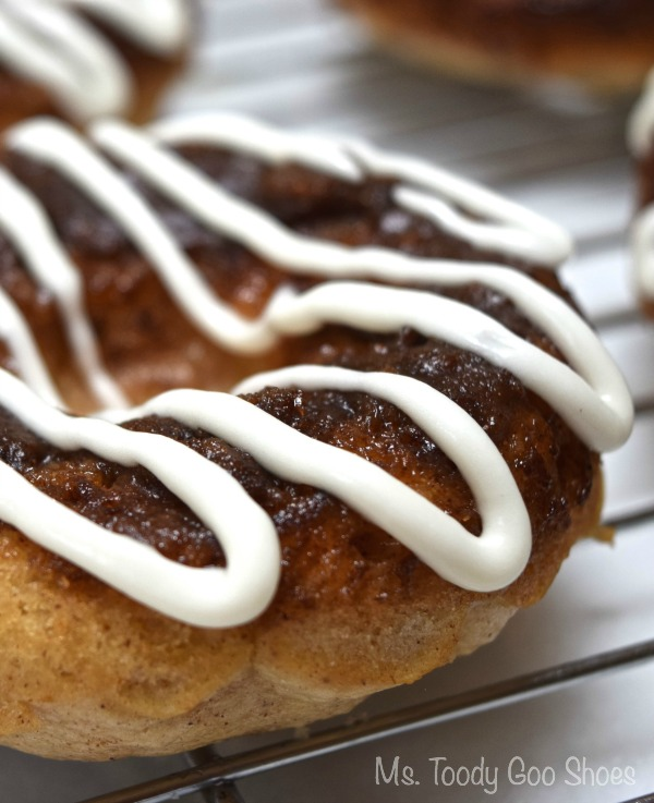 There's nothing better than warm Cinnamon Bun Baked Donuts, right out of the oven -- Ms. Toody Goo Shoes