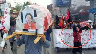 """Mahasiswi Ditangkap Gegara """"Keranda Puan"""", Tokoh Sulteng Galang Dukungan 1000 Tanda Tangan"""
