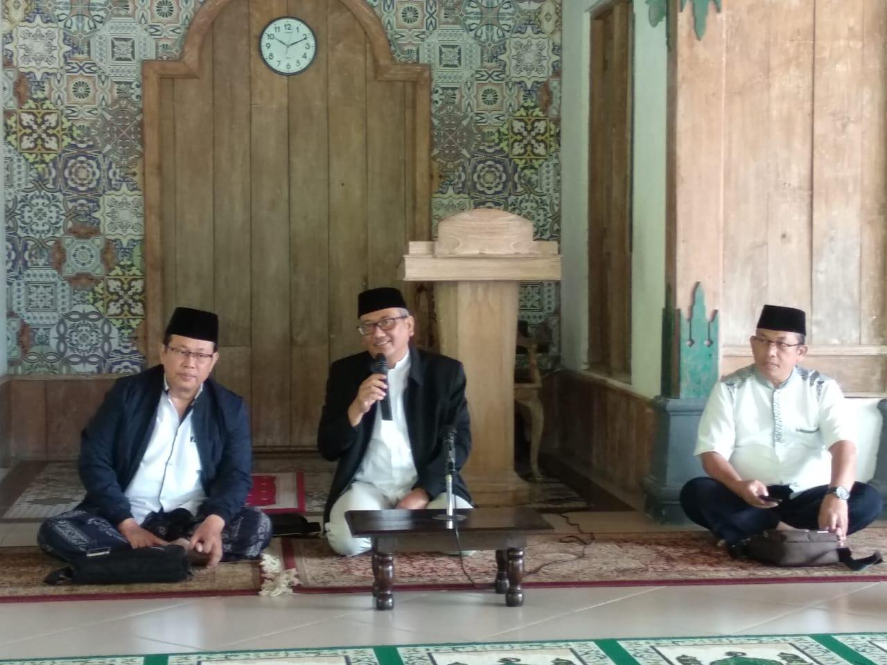 Pesantren Husnul Khotimah Solo Bantu Lansia Pelajari Islam Lebih Mendalam