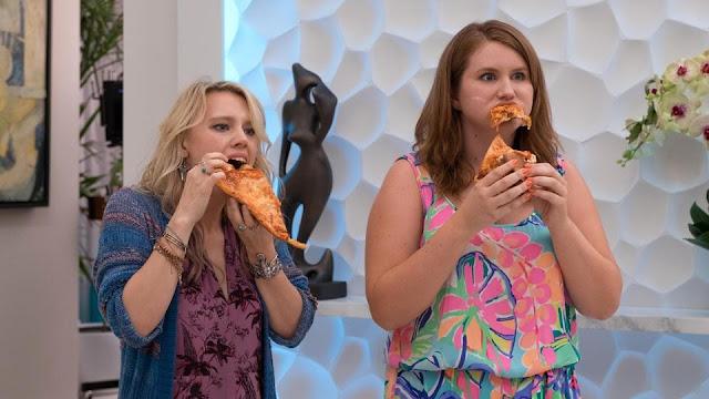 Pippa (Kate McKinnon) et Alice (Jillian Bell) dans Pire soirée