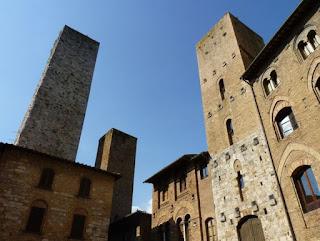 San Gimignano, Piazza Duomo.