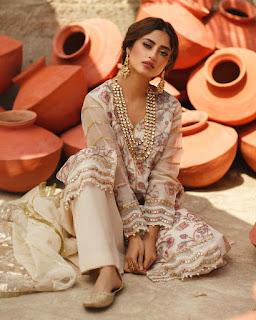Sajal Ali New Awesome Photo Shoot for Qalamkar