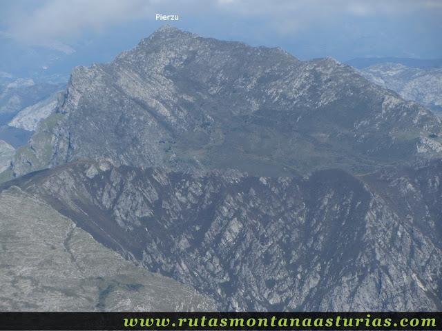 Ruta circular Taranes Tiatordos: Vista desde el Tiatordos del Pierzu