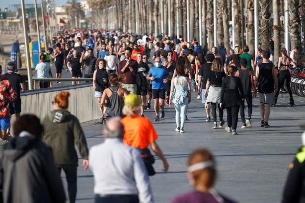 Toque de queda y confinamientos en España