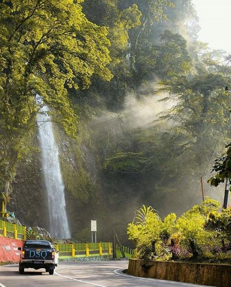 Daftar Air Terjun Terpopuler di Sumatera