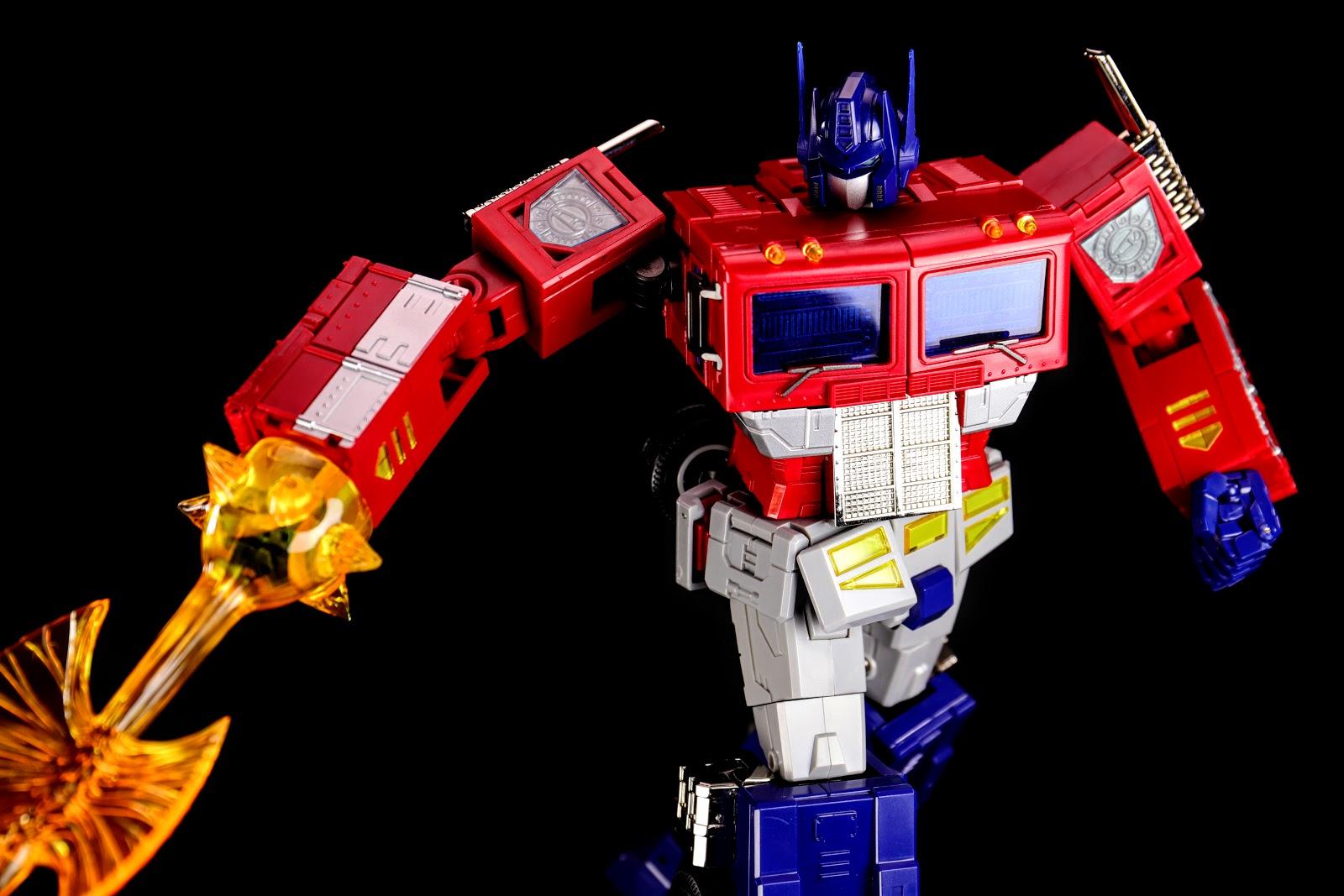 Toyworld TW-M01 Primorion Studio OX Optimus Prime
