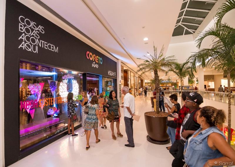 Coreto Store inaugura com grande público ~ SALVADOR POR STEFANO DIAZ 00e3a35442