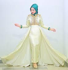 Desain Gaun Pengantin Elegan karya desainer Dian Pelangi