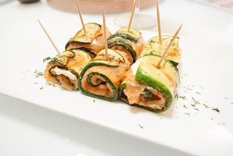 Zucchini-Lachs-Röllchen