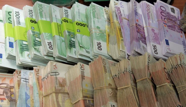 Παναγία των Παρισίων: Το ένα δισ. ευρώ αγγίζουν οι δωρεές για την ανοικοδόμηση