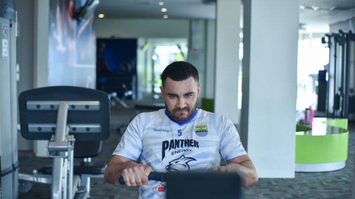 Didepak Persib Bandung, Farshad Noor Gabung Klub Liga 1, Merapat ke Klub Berlogo Singa?
