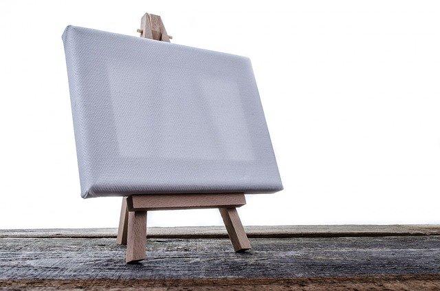 retendre une toile peinte