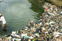 Berhentilah menggunakan Plastik ? ......