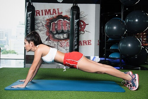 Cách giảm béo bụng nhanh nhất là tập Plank