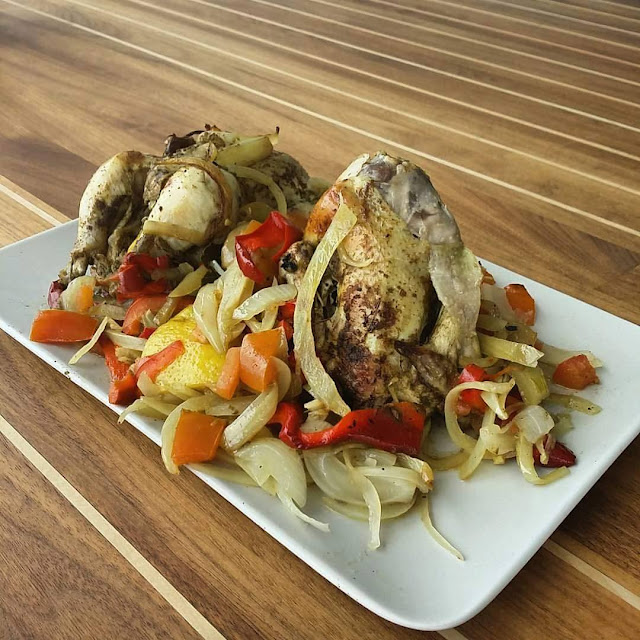 Pollo picantón asado al aroma campestre