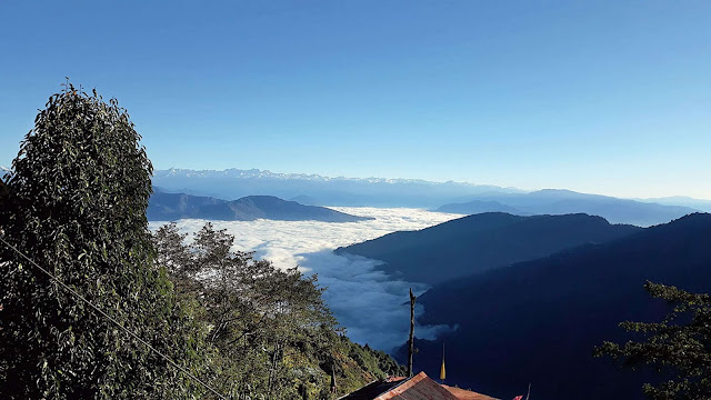 sea of fog blanketed valleys in Darjeeling