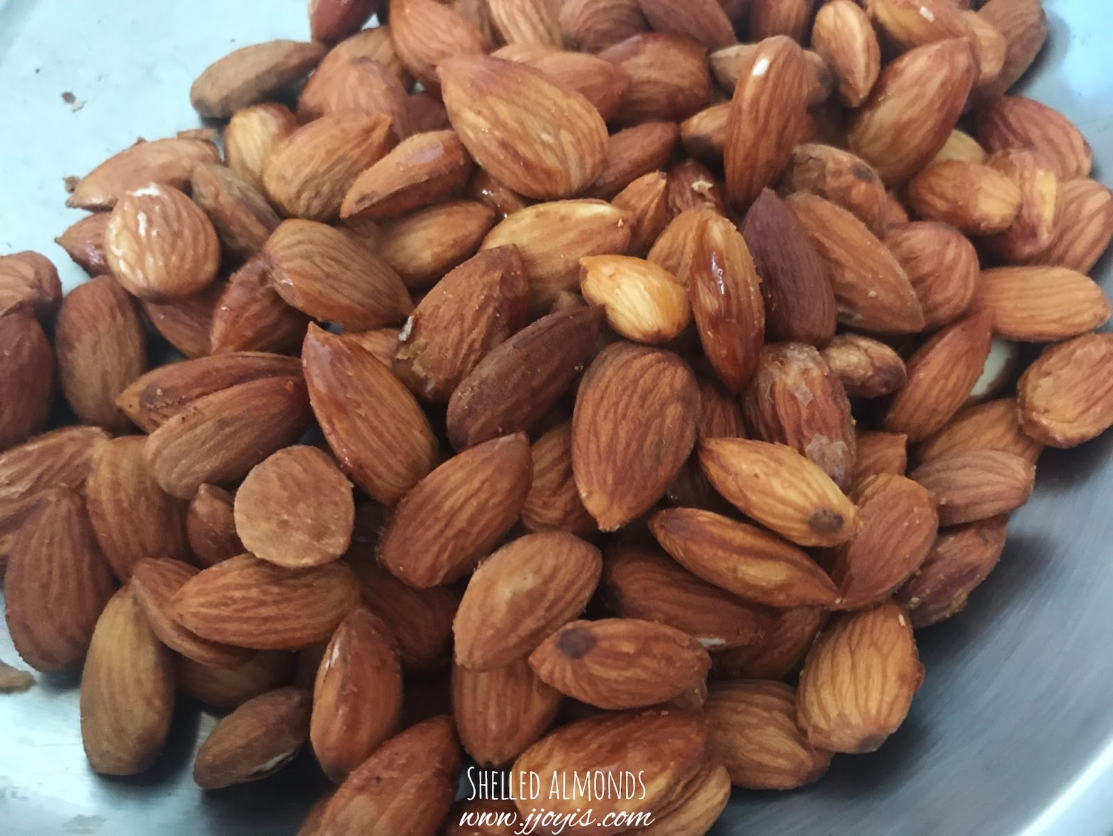 hanoi vietnam must buy almond nuts dong xuan market review gift souvenir