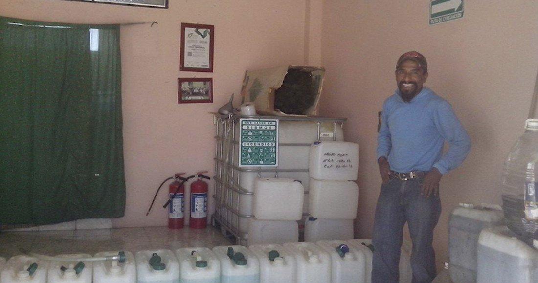 El combustible ecológico de 14 pesos el litro le cambia la vida a un empresario poblano