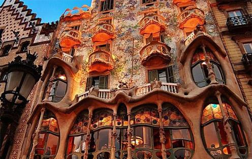 Antoni Gaudi Park Guell Barcelona