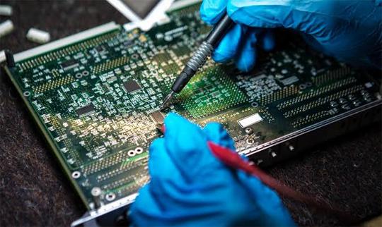 Soldering Hardware chips