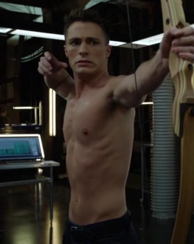 Shirtless Men On The Blog: Colton Haynes Shirtless