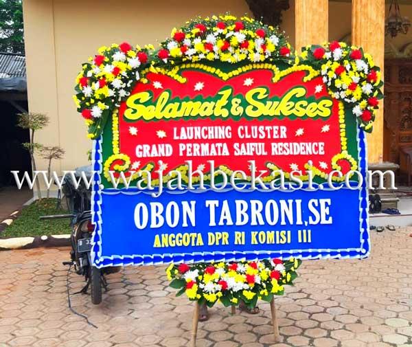 Karangan Bunga Dari Obon Tabroni, Apakah Target Politiknya Untuk Bekasi?