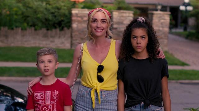 Com personagens carismáticos, Ginny e Georgia prende a atenção com mistura de trama adolescente e policial
